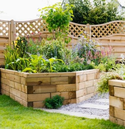 curved and angular raised beds for small gardens